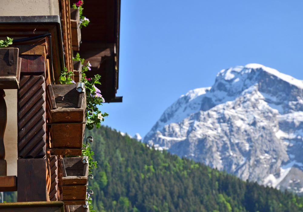 Bergblick vom Gästehaus Woferllehen - Urlaub auf dem Bauernhof in Oberau bei Berchtesgaden